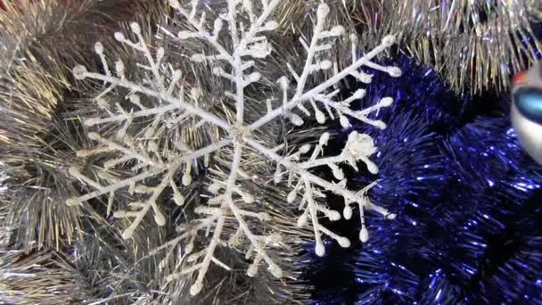 Vánoční dekorace - sněhulák a sněhová vločka