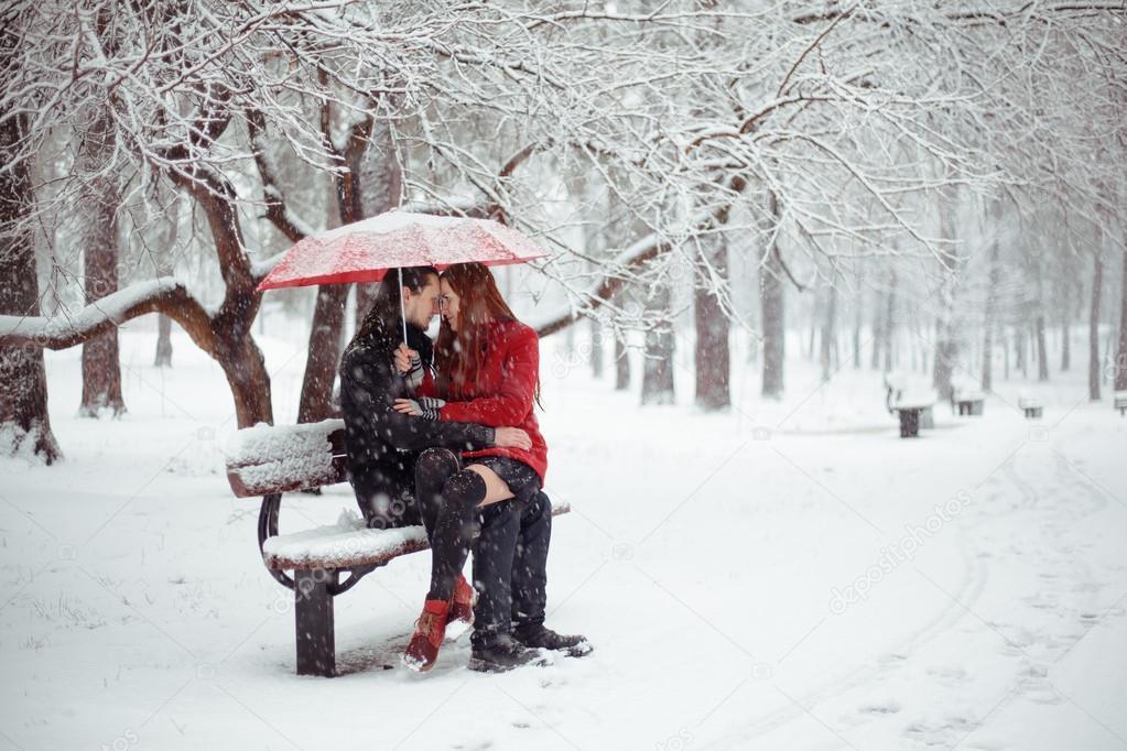 Kırmızı Kış Aşk Hikayesi Stok Foto Ravenofdeath96gmailcom