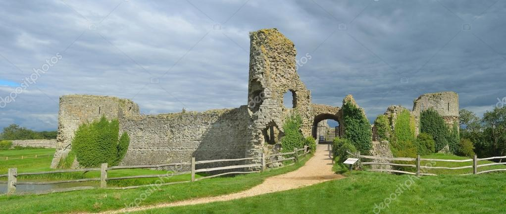penensey east sussex england september 05 2015 pevensey castle open to the public photo by umdash9