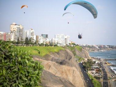 Flying over the Costa Verde (Green Coast)