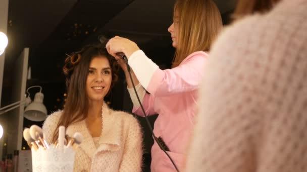 Womens hairdressing salon. Hairdresser, a beauty salon.