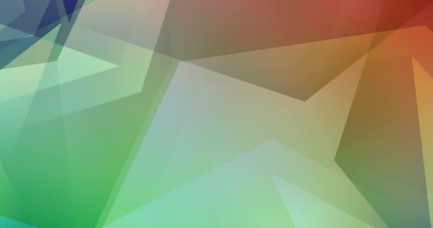 4K smyčka zelené, červené video s polygonálními tvary. Holografické abstraktní video s přechodem. Klip na živé tapety. 4096 x 2160, 30 fps.