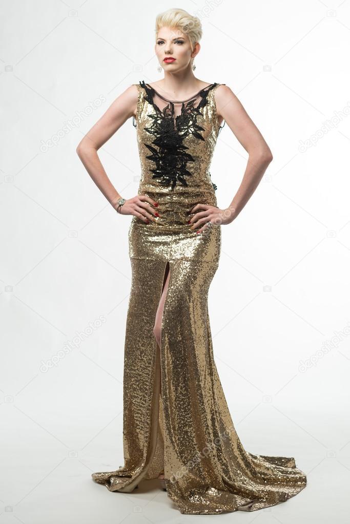 501f4e4b95 Abito lungo moda donna bellezza, ragazza elegante In abito oro ...