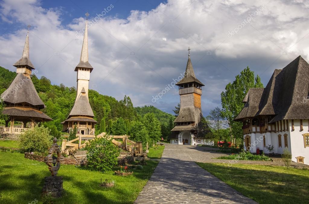 Картинки по запросу барсана румыния деревянные храмы