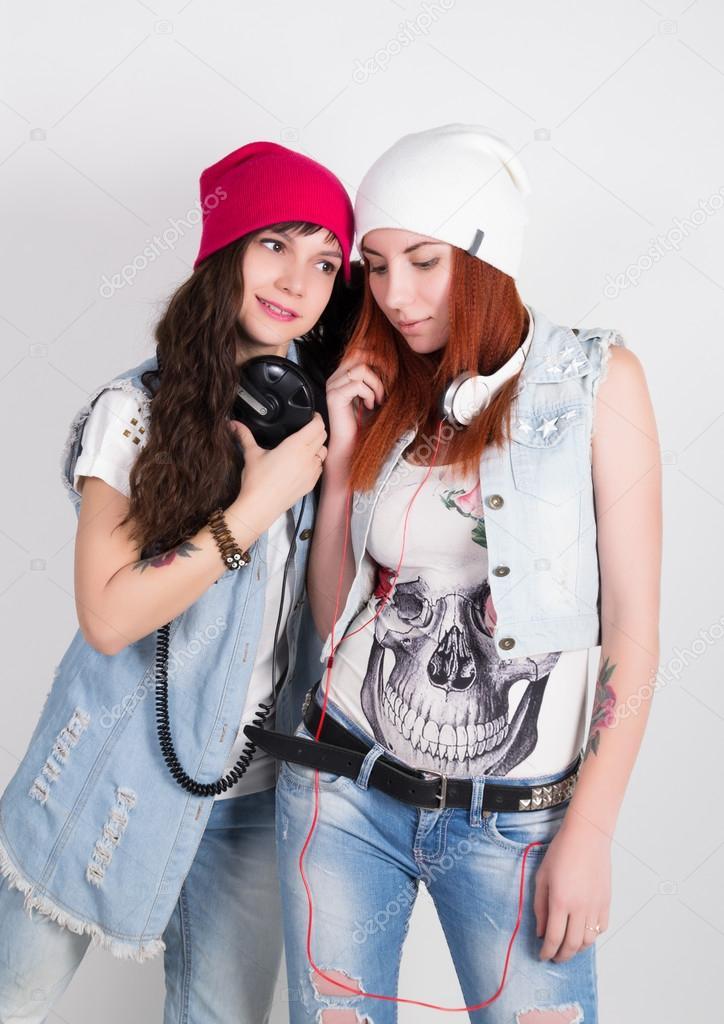 Belleza chicas hipster con aud fonos adolescentes for Fotos de chicas guapisimas