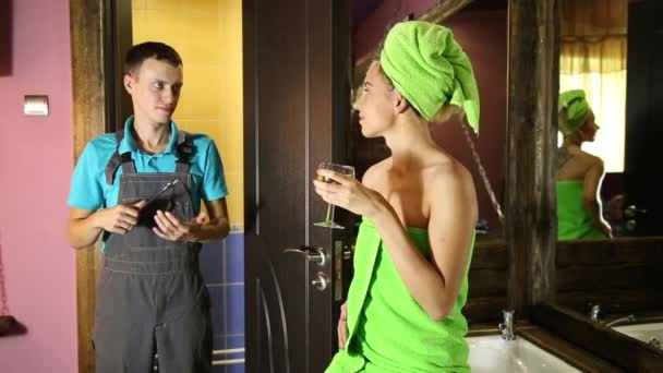 Сантехник и женщина видео фото 150-349