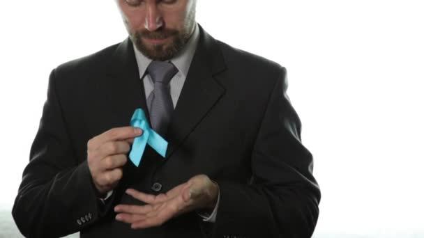 modrá stuha. povědomí o rakovině prostaty a násilí na dětech. koncepce zdravotnictví a medicína