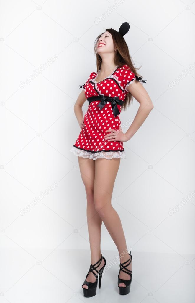 Vestido corto rojo lunares