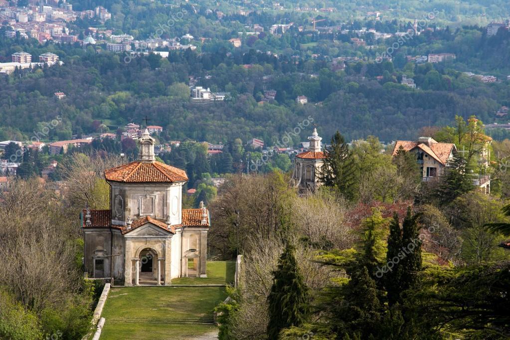 Sacro monte van Varese, Italië — Stockfoto © distasi.donato.gmail ...