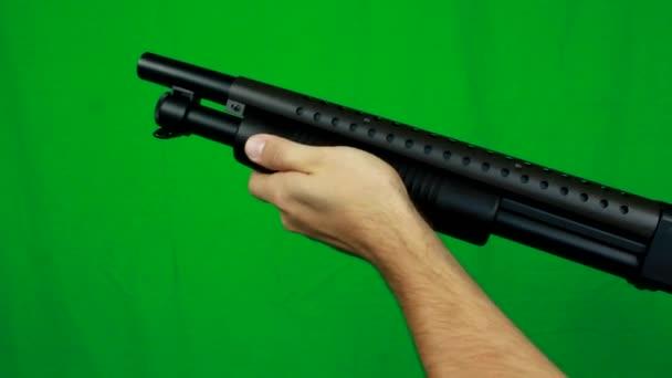 Shotgun újratöltése, és a forgatás