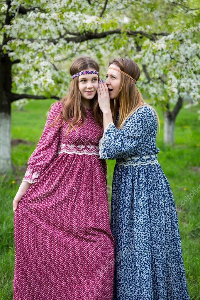 Mujeres bonitas con vestidos largos