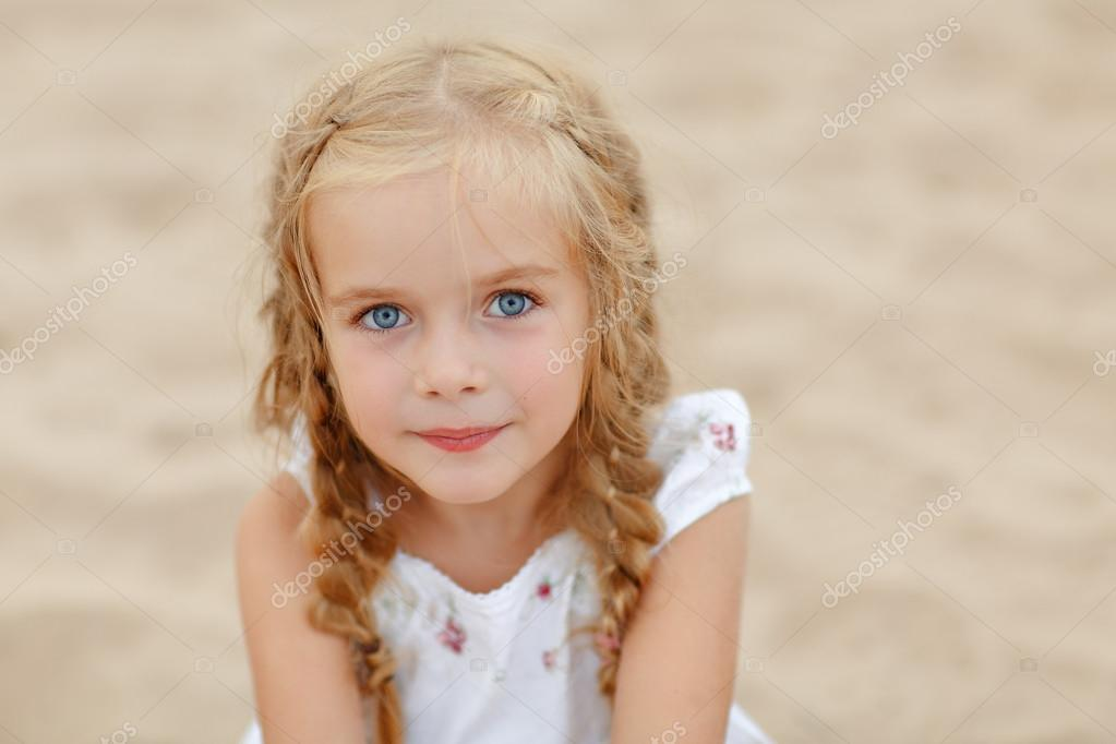 Teen blonde girl in pigtails girls web
