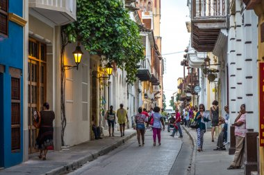 Tourists walking inside old town in Cartagena