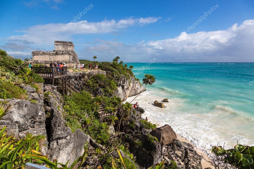 Tulum ruins with nice blue beach