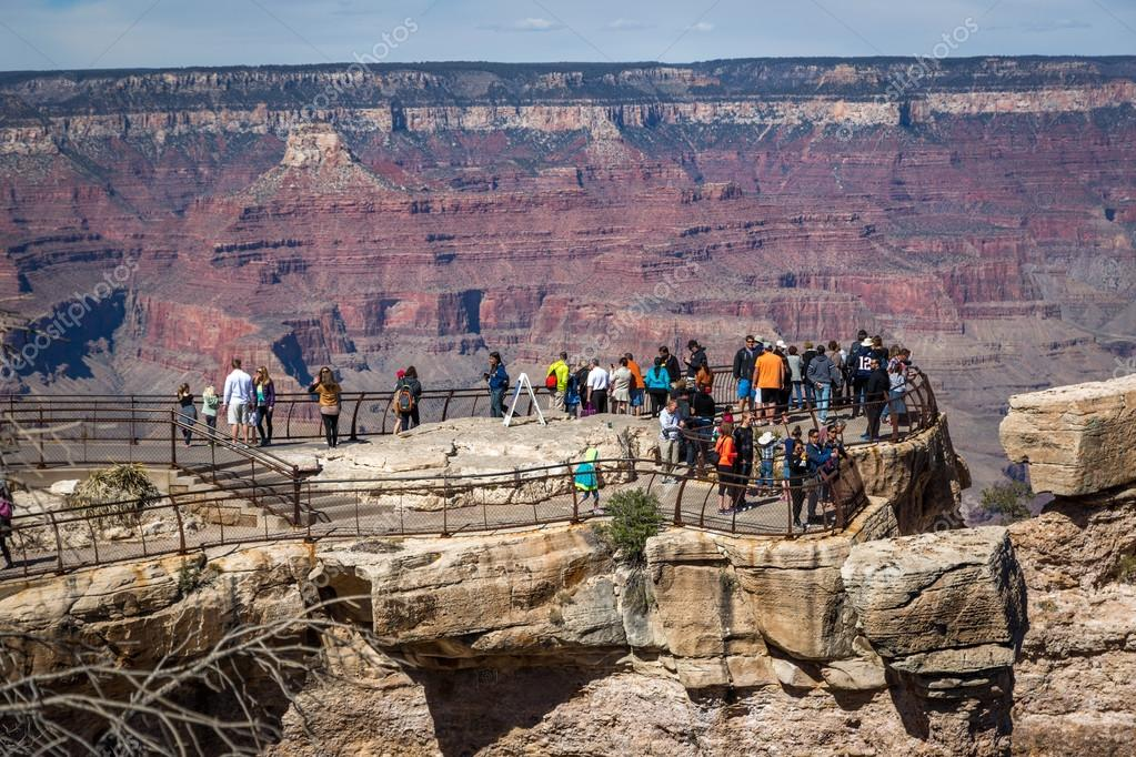 Big group of people in Grand Canyon