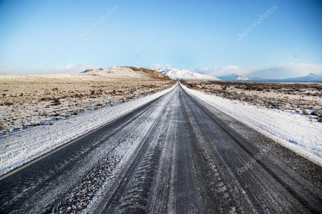 Road with snow in El Calafate