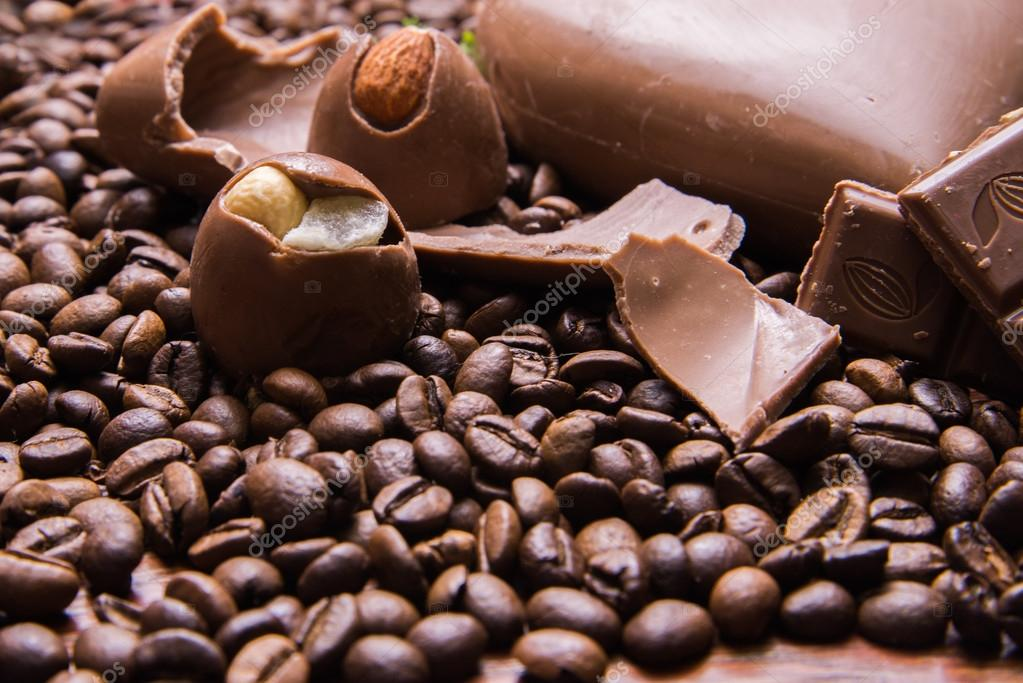 Coffee Beans Wallpaper With Chocolate Heart And Candy Background Photo By Tatabru24gmail