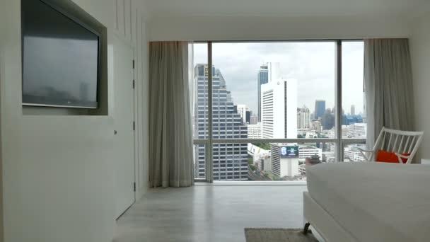 Decoratie In Slaapkamer : Decoratie in de slaapkamer interieur u2014 stockvideo © footageshot
