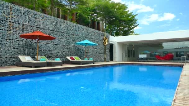 bazén v hotelu