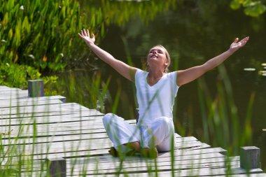 zen 20s blond girl revitalizing,water environment