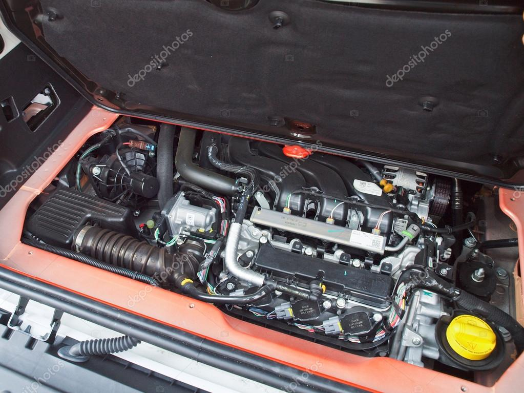 Smart Car Engine >> All New Smart Fortwo 2015 Engine Stock Editorial Photo