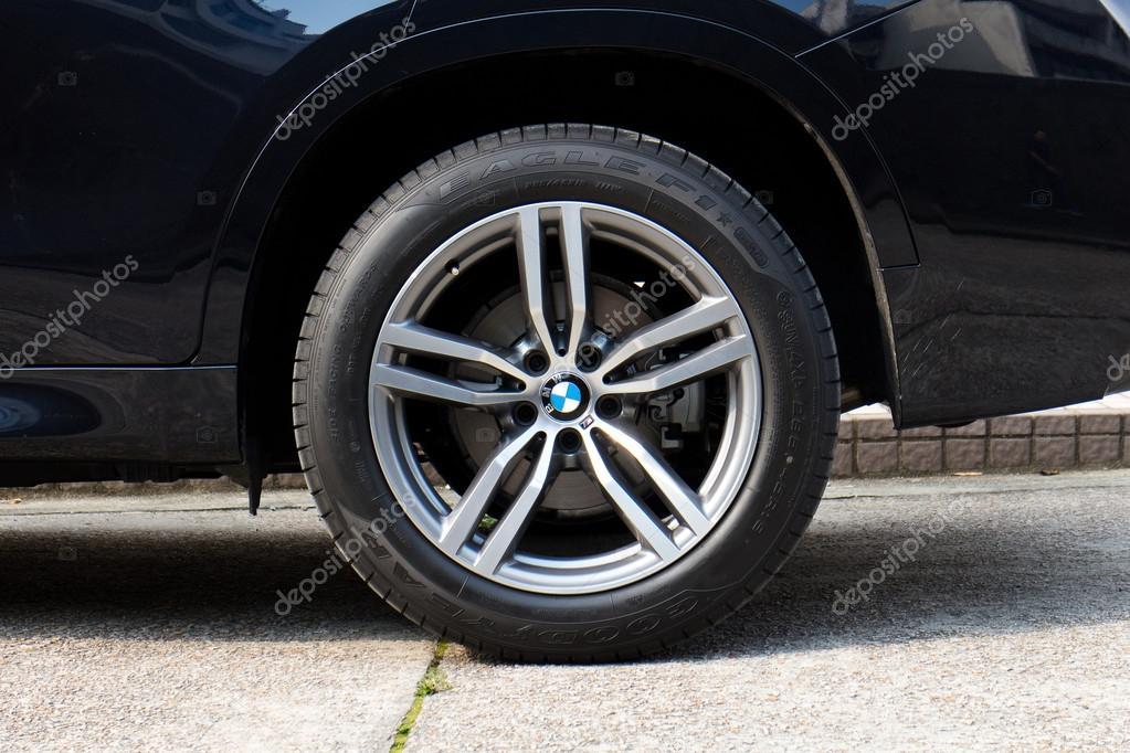 Bmw X6 M Edition 2015 Off Road Wheel Stock Editorial Photo