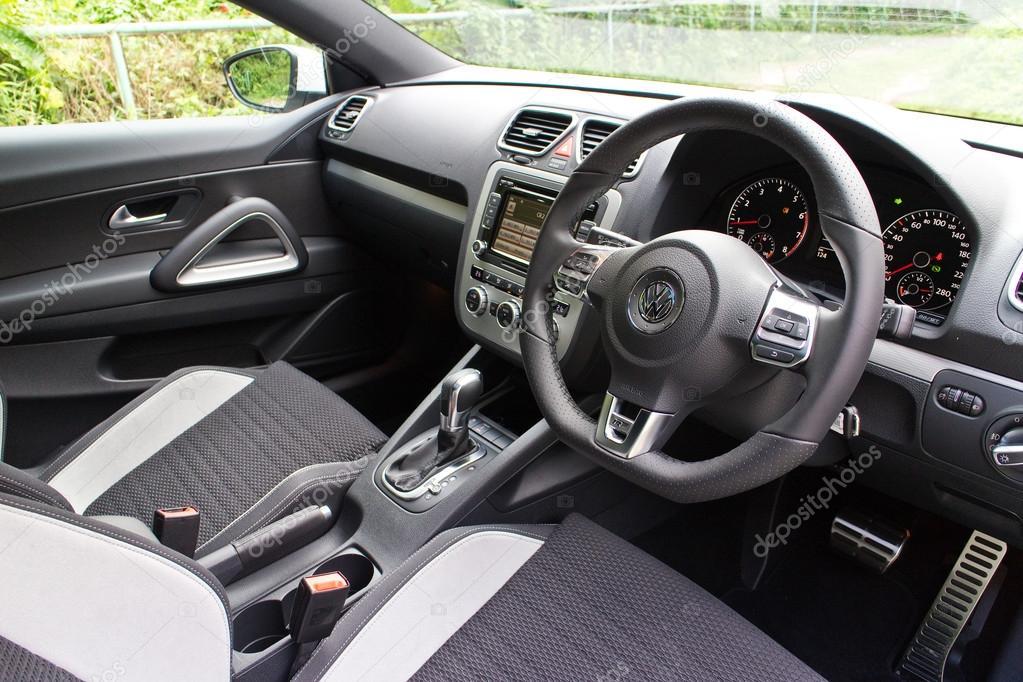 Volkswagen Scirocco R 2014 Interieur — Redaktionelles Stockfoto ...