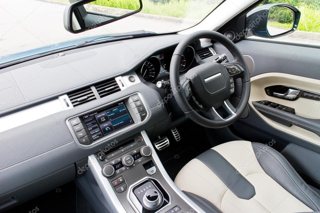 https://st2.depositphotos.com/6664102/9498/i/950/depositphotos_94983294-stock-photo-range-rover-evoque-2014-interior.jpg