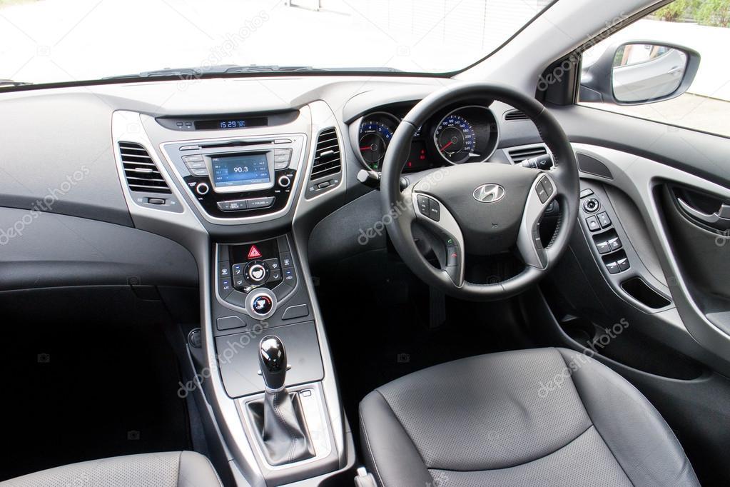 Hyundai Elantra 2014 Interieur — Redaktionelles Stockfoto ...