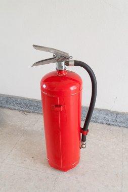 Yangın güvenliği üzerinde yangın söndürücü