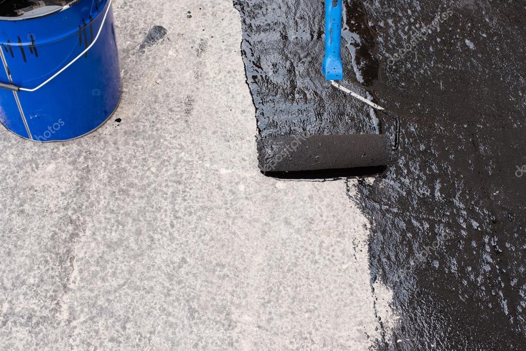 priming  concrete screed