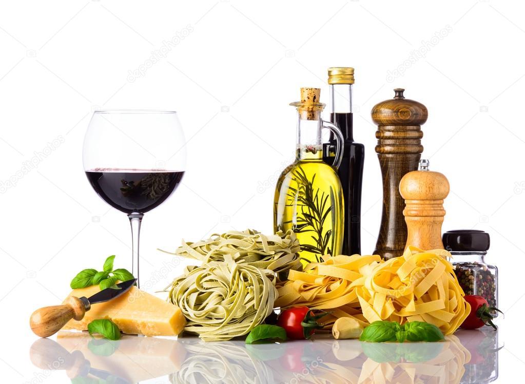 Italienische k che speisen isoliert auf wei em hintergrund stockfoto - Stock cuisine saint priest ...