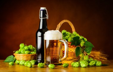 Beer Mug and Bottle with Hop Flower