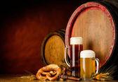 temné a zlaté pivo