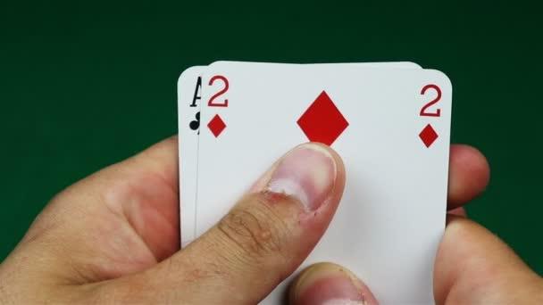 Čtyři z druhu pokeru ruce a hra tabulky