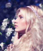 krásná blondýna model