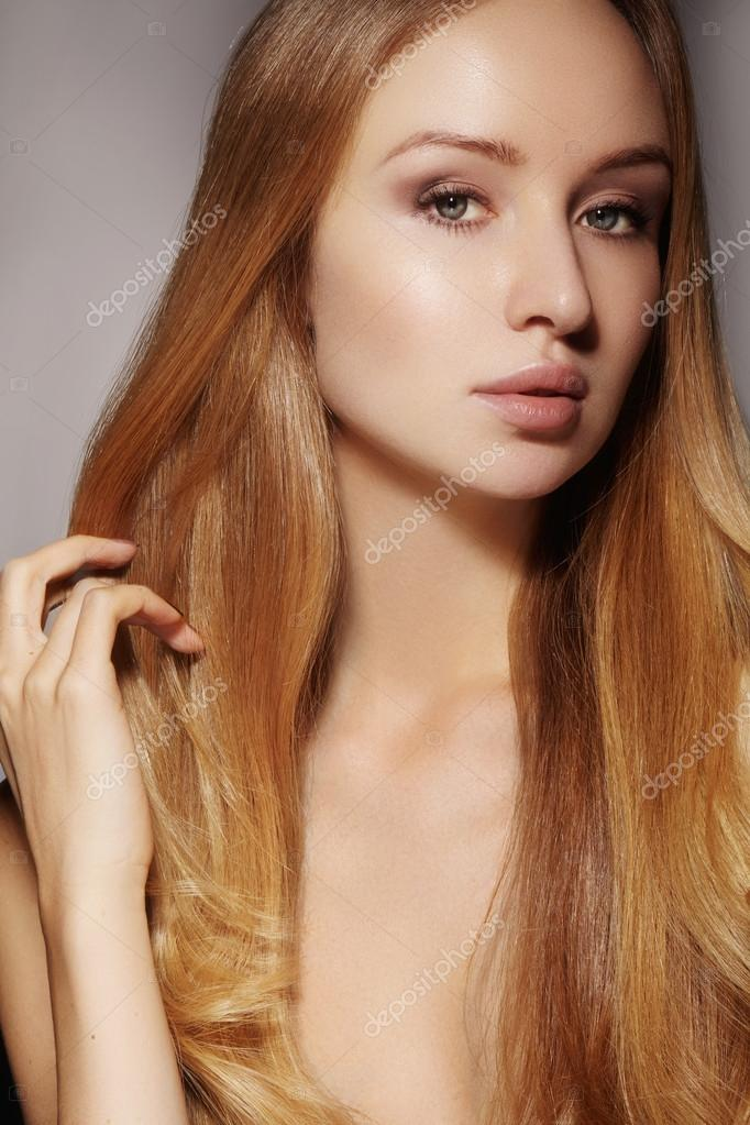 Beautiful Woman With Clean Skin Beautiful Straight Shiny Hair