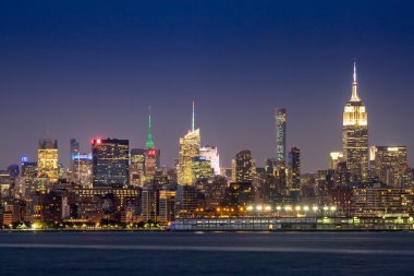 Views of Midtown Manhattan from the J. Owen Grundy Park on New Jersey side