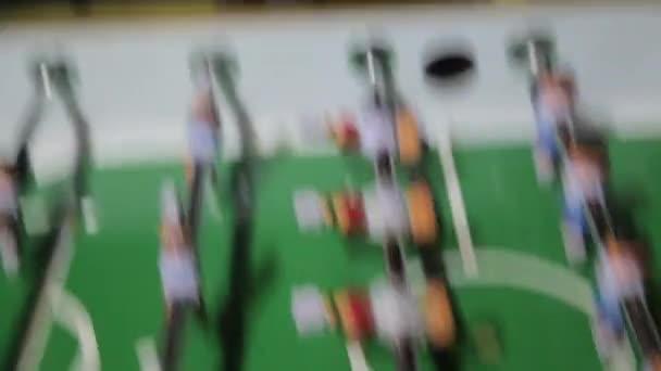 Dívky emoce hrát stolní fotbal
