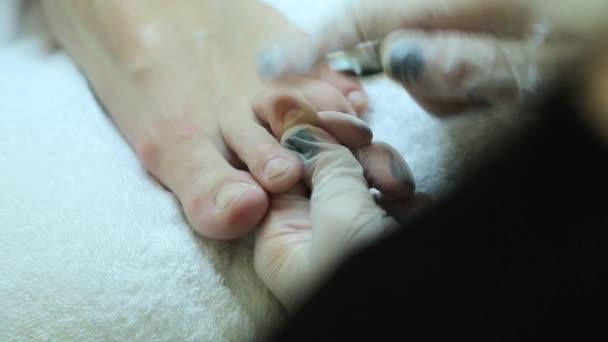 Pedikúra pro dívku v vířivka salon
