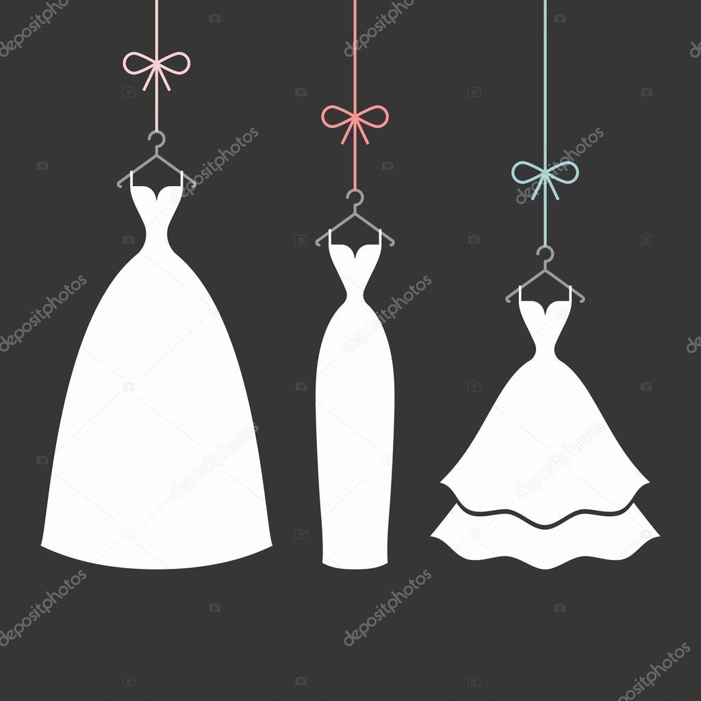 модное платье связанное на спицах