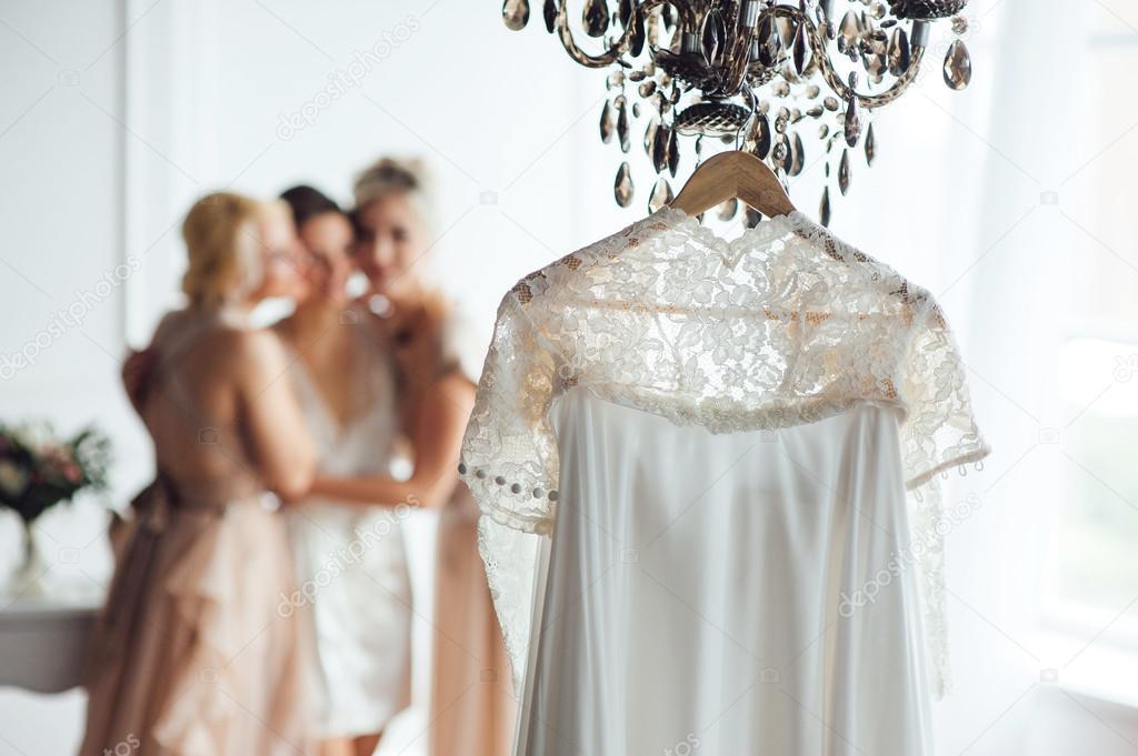 Beige Vintage Hochzeit Spitzenkleid — Stockfoto © rubanok.i.ua ...