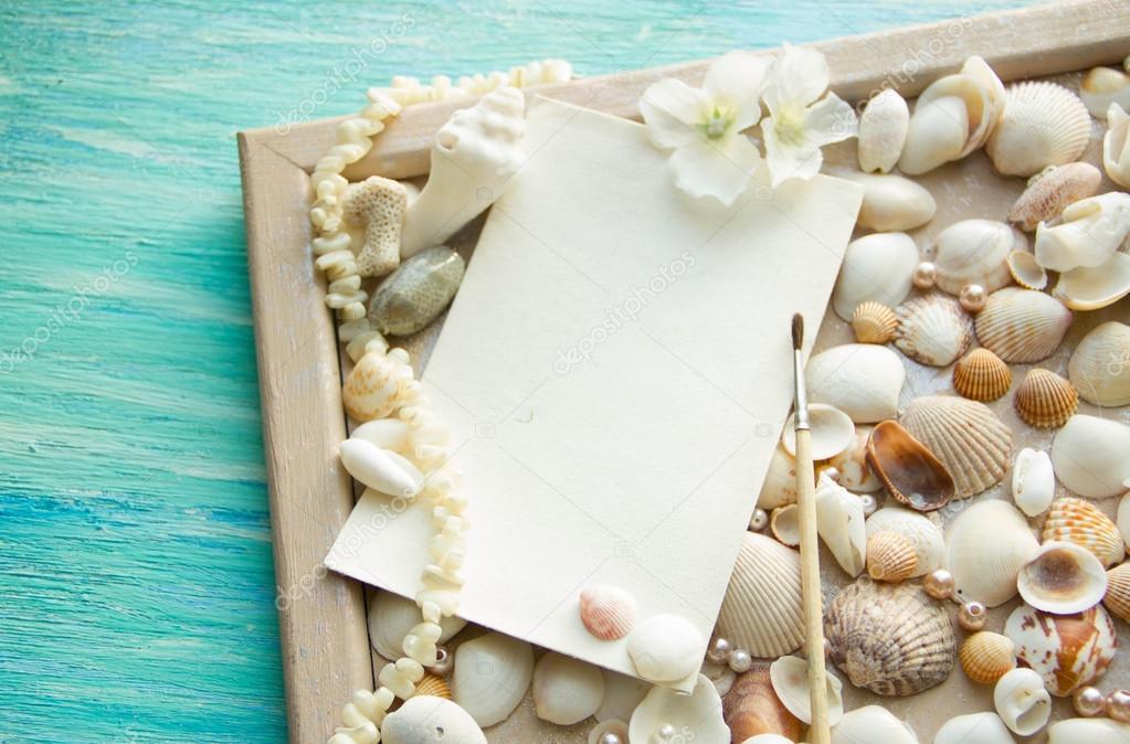 Mockup Sullo Sfondo Del Tema Di Conchiglie Di Mare Vacanze Lettera