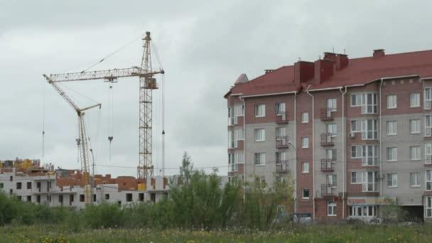 Výstavba výškové bytové budovy