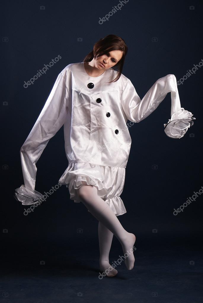 servizio duraturo Vendita di liquidazione negozio online Pierrot costume.Isolated — Stock Photo © lexxxx37Reg.yandex ...