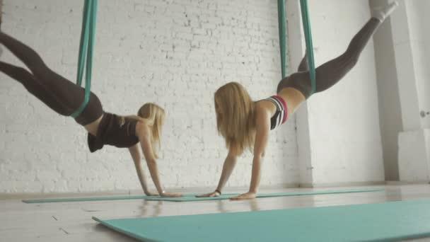 Акробаты гимнастки фото — img 15