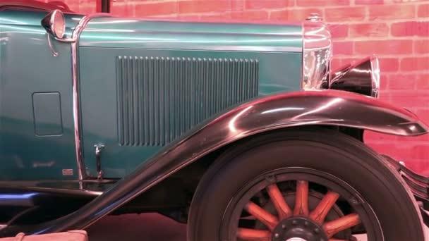 Saint-Petersburg, Rusko-10 ledna 2015 americký výstava historických automobilů Svalové auto Show Přehled close-up verze historických a legendární auta Buick 1929