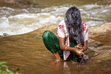 Nehir kafasından yıkama