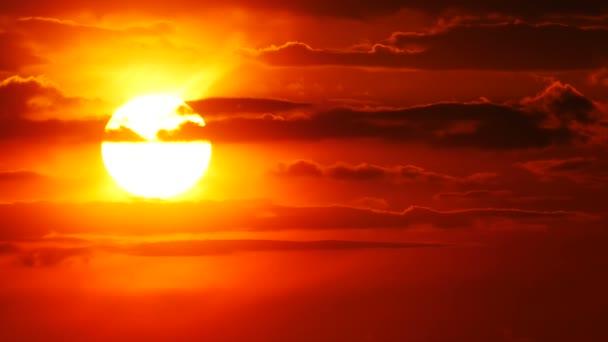 Nagy nap narancssárga ég