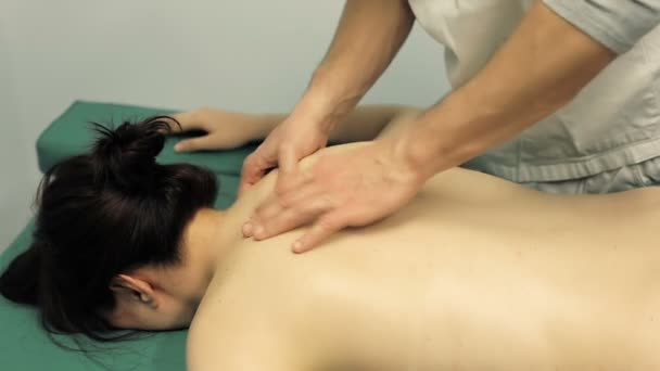massage on the shoulders: physiotherapy, physical therapist, back, massage